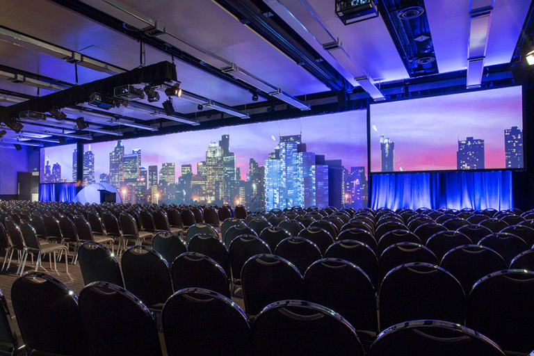 widescreens-conference-city-skyline