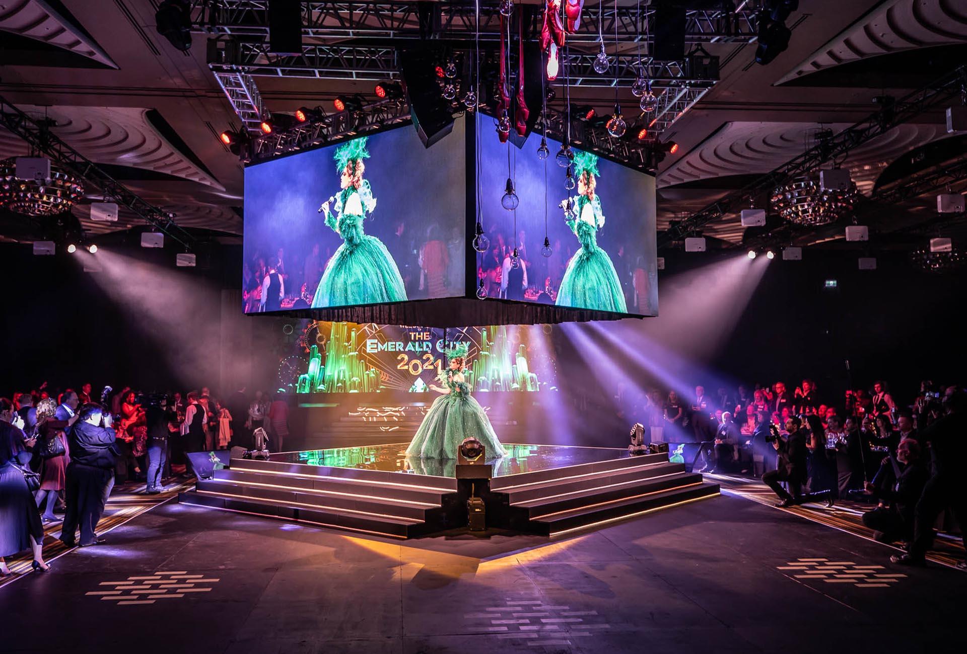 Good Witch Wizard of Oz Performance